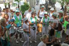 Eingrooven vor dem großen Sambaumzug - 24.Sambafestival Coburg 2015