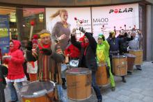 Samba Sole Luna am Faschingsdienstag in der Münchner Fußgängerzone